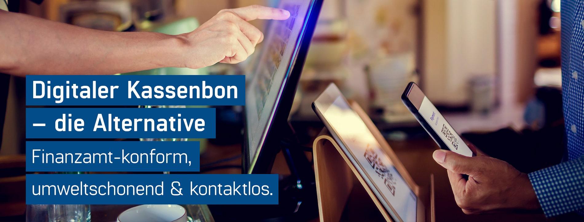Gastronom übergibt den neuen digitalen Kassenbon von GastroSoft an einen Kunden